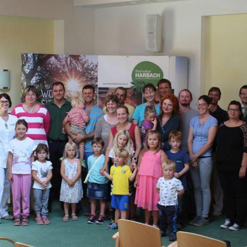 Die Mitarbeiter mit ihren Familien