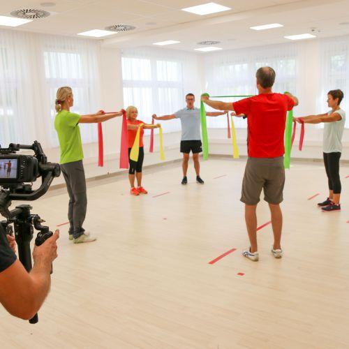 Bewegungstherapie im neuen Bewegungsraum